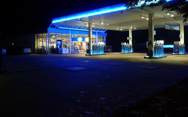 Gas Station Conversions United Signs